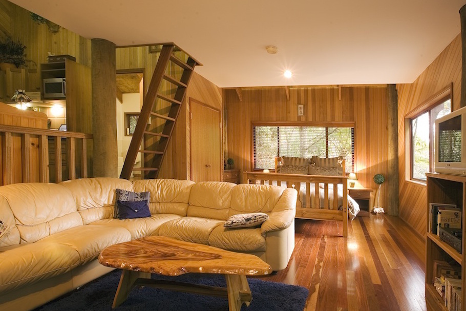 Lyrebird cottage interior